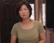 【里中亜矢子】性欲を持て余す息子をフェラで抜いてあげる亜矢子お母さん母と子は惹かれ合うように母子相姦
