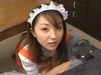 【美女メイド無修正動画】可愛いメイド美女が大量の唾液を垂れ流したフェラ手コキでご主人様のオ○ンチンを極楽口内射精