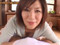 【翔田千里 母子相姦】「あら、オ〇ンチンが大きくなっちゃったの」オッパイに甘える息子の精液をお口で受け止めてくれる優しいママ