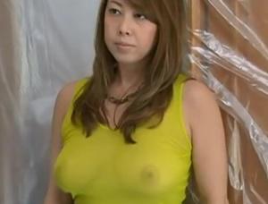 【ヘンリー塚本 風間ゆみ】筋肉ムキムキの建築作業員の悪臭漂う肉棒に欲望剥き出しでしゃぶりつき不倫交尾する巨乳セレブ妻