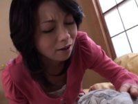 【新尾きりこ 母子相姦】息子の朝立ちオ〇ンチンに欲情してフェラ口内射精する美熟女お母さんの母子相姦動画