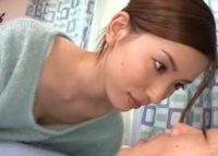 【芦名ユリア】AVマニアの彼氏に腹を立てた彼女が彼の弟を誘惑して中出しエロビデオを撮影し報復