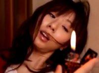 【麻美ゆま 人妻動画】過去のレイプのトラウマを抱え発火現象を見ると失う若妻を催眠術で操り欲望のままに鬼畜交尾する男たち