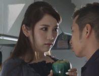 【小川あさ美 人妻ヘルパー】ヘルパー先で介護している相手の大切な花瓶を割ってしまった美人妻ヘルパーがその息子に辱められ屈辱交尾