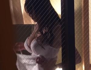【小早川怜子】向かいに住む配達員の男にレイプされそうなところを助けられ禁断の不倫SEXに溺れていく爆乳人妻