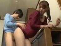 【保坂えり ショタ性奴隷】息子が苛めていたいじめっ子のオ●ンチンに溺れ肉欲性奴隷となり中出しを求め受精交尾して妊娠する巨乳ママ