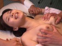 【葵つかさ 女医】女の策略によりレイプしてというメモを回された女医が患者にレイプされ肉体が反応してしまう悲しい女の性