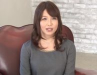 可愛くて綺麗な巨乳おっぱい人妻の高岡すみれさんのAVデビュー不倫エロ動画