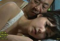 【ヘンリー塚本】妻を失った父親が家族で唯一の女である娘を性欲の対象にして近親相姦交尾するエロドラマ