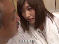 【神波多一花】24歳の若い女教師が担任する生徒の47歳の父親を小悪魔的に誘惑するエロドラマ