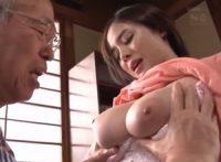 【吉川あいみ】何でも聞いちゃう可愛い爆乳介護士がオ●ンチン握らされ唾液飲ませオ●ンコから生気を吸い取られてしまう