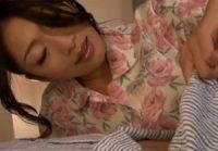 【小早川怜子 母子相姦】息子にオナニー姿を見られた巨乳ママが息子の寝室へ迫りオ●ンチンを舐めしゃぶり乳首を吸わせ母子相姦交尾