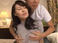 【北川礼子】AV女優になりたかった美しい美熟女人妻がカメラの前で逞しい男優の肉棒に貫かれて快感に溺れて中出しSEX
