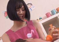 【涼森れむ】甘える大人の園児に膝枕でお乳を吸わせ大きくなったオ●ンチンに唾液を垂らしおっぱいに包み込みパイズリする美人保母さん